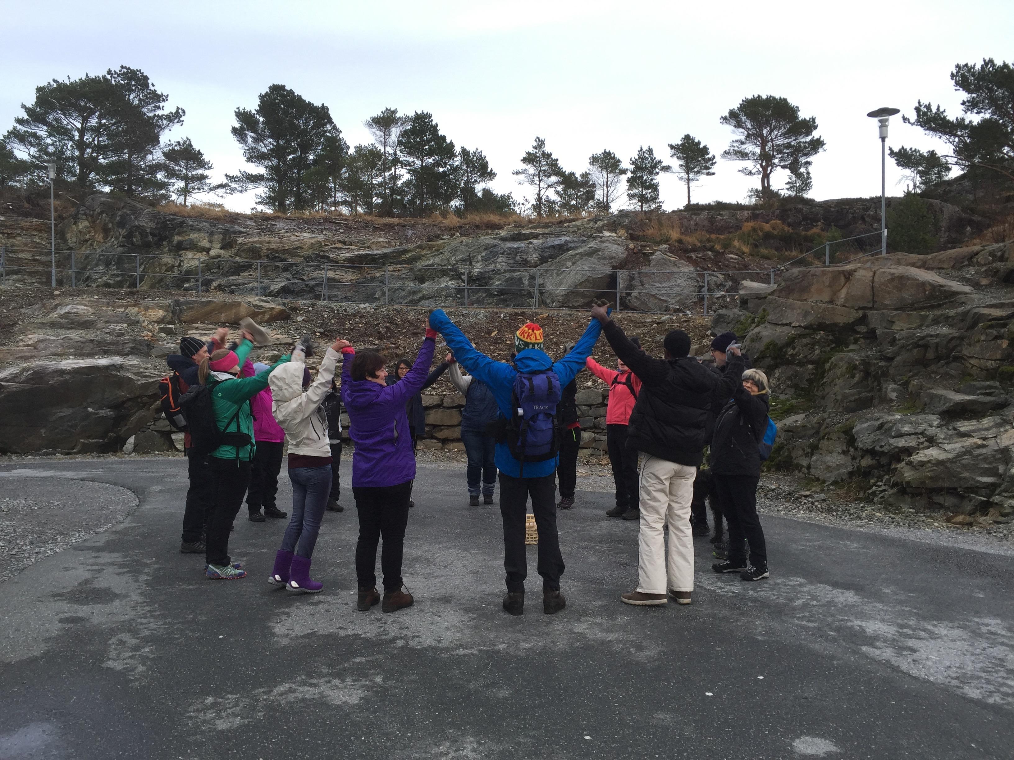 Gamleskulen ved Indregardsfjellet i Knarvik, Lindås